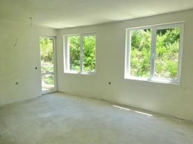 Нов апартамент в парковата зона на Сандански