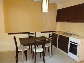 Апартамент под наем в топ центъра на Сандански